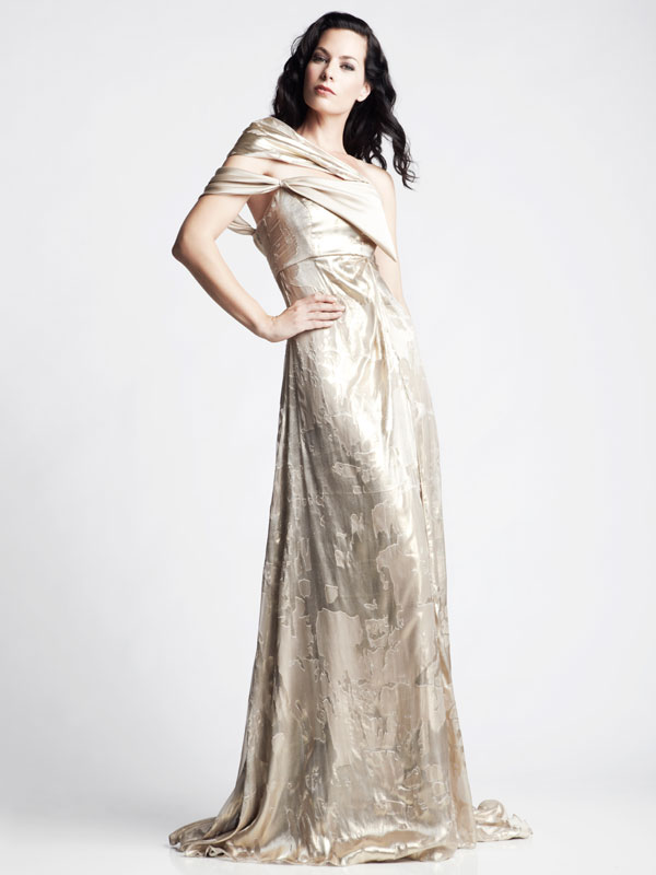 Gold jacquard asymmetric train shawl made-to-measure glamour gown